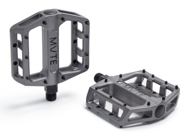 MVTE Pedale Reach Grau